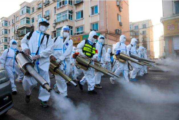 新疆疫情嚴重,社區感染爆開,官方制定離烏返烏新規定。(環球網)