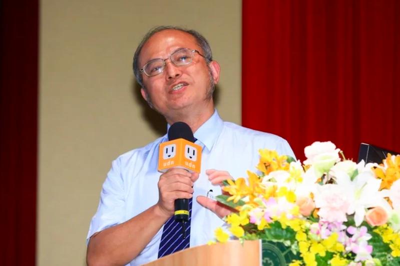 吳明賢是腸胃科專家,今年才榮獲教育部第63屆學術獎殊榮。圖/聯合報系資料照