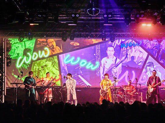 蘇打綠分身樂團魚丁糸今晚於華山Legacy演出,場內場外皆爆滿。圖/環球提供