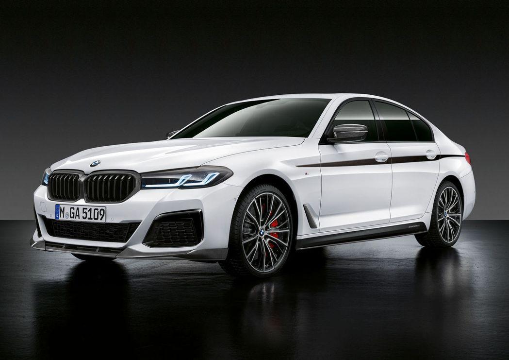 小改款BMW 5 Series披上整套專屬的M Performance套件。 摘...
