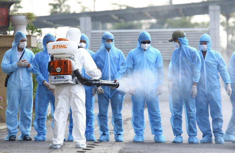 世界衛生組織再度對新冠肺炎做出評估,稱疫情影響恐持續數十年。 圖/美聯社