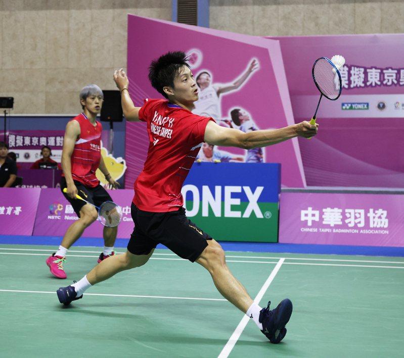 楊博軒(左)和李哲輝上演逆轉勝。圖/國訓中心提供
