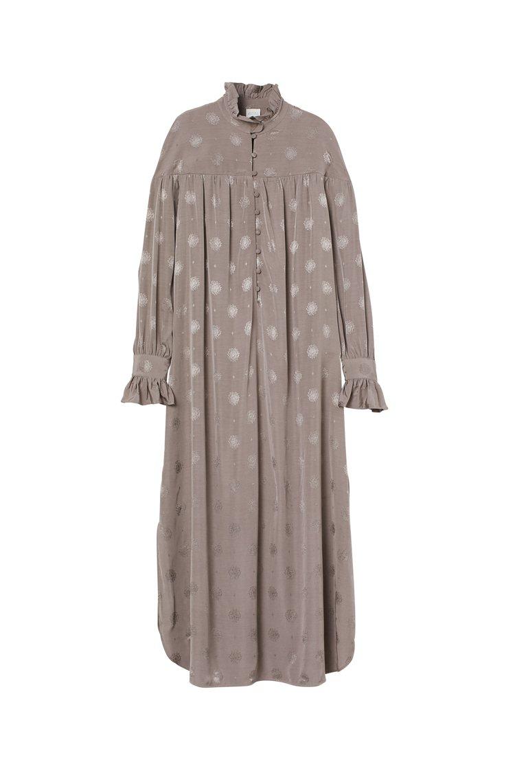 H&M與Sandra Mansour聯名系列洋裝1,799元。