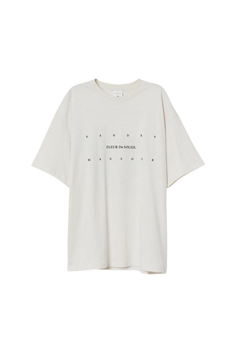 H&M與Sandra Mansour聯名系列印花上衣499元。