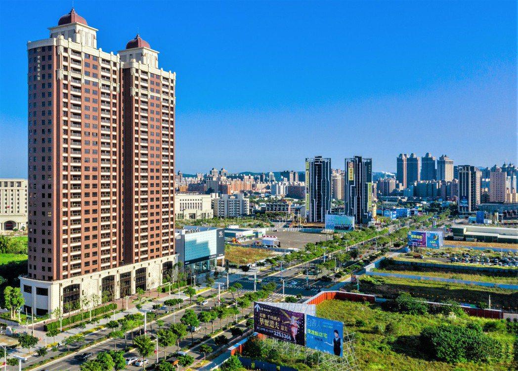 中路特區擁有高綠覆率及交通便利等優勢,房價增值空間大,吸引台商置產。圖/業者提供