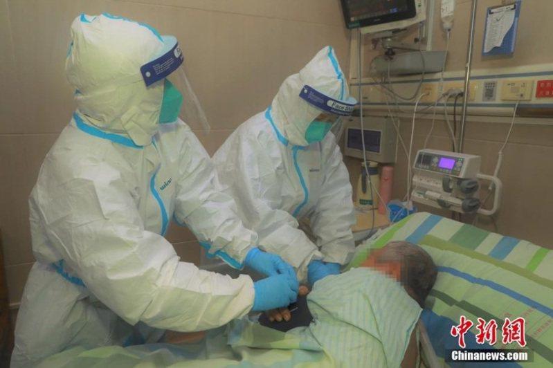 大陸國家衛健委高級別專家組成員曾光指出,大陸全國各地疫情偶發可能會持續一段時間。(圖/取自中新網)