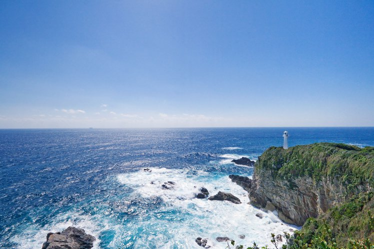 在足摺岬可欣賞到海天一色的美景。圖/日本高知縣提供