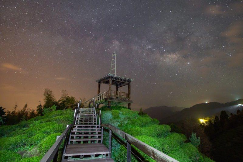 南投縣除了合歡山可觀星,鹿谷大崙山也是絕佳觀星點。 圖/南投縣政府提供