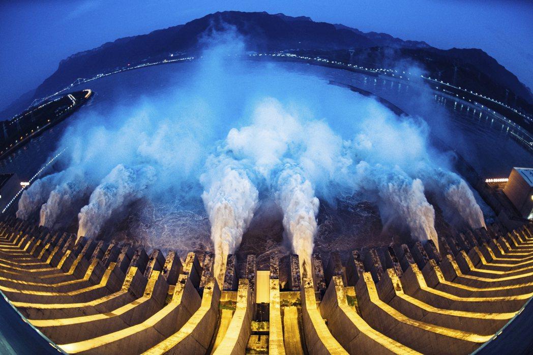 中國水患尚未全面消退,長江洪水的壓力卻讓南韓的濟州道政府如臨大敵,擔憂大量洪水流...