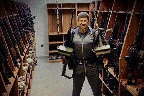 俄羅斯聯邦車臣共和國總統——小卡迪羅夫(Ramzan Kadyrov)——日前在...