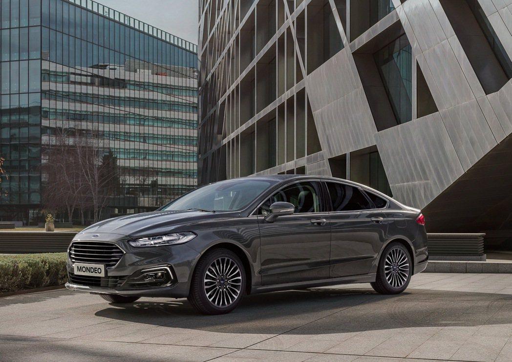 Ford推出New Ford Mondeo珍藏型,售價NT$ 119.9萬,並提...