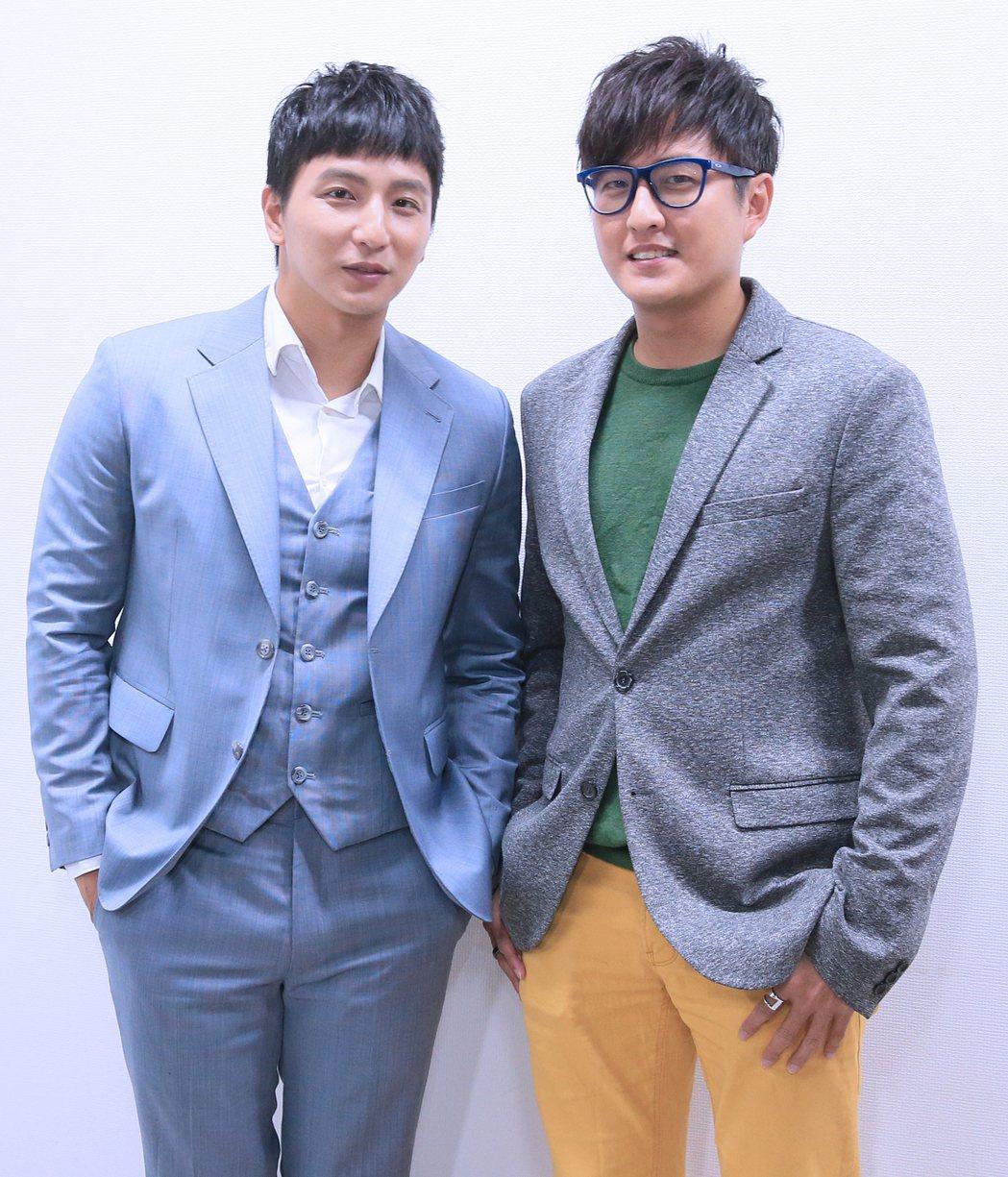 黃靖倫(右)與小煜。記者潘俊宏/攝影