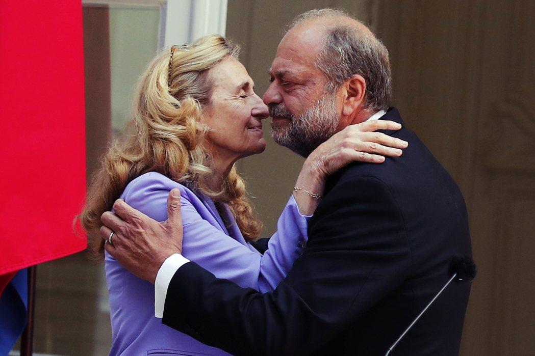 「我不希望法國變成像美國一樣,我希望男人和女人還可以一起搭乘電梯。」圖為迪蓬–莫...