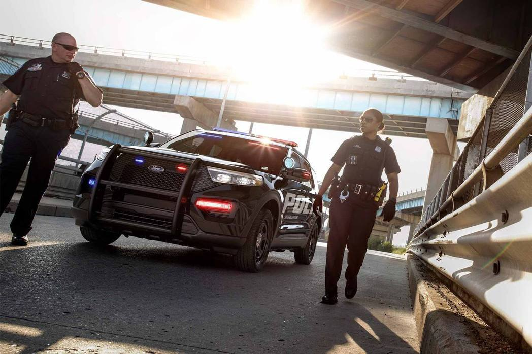 Ford Police Interceptor® Utility。 摘自Ford