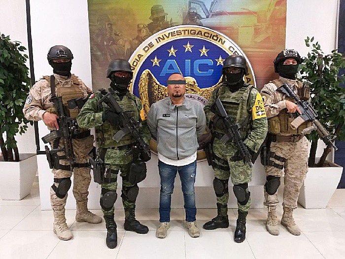 墨西哥軍方與中部瓜納華托州安全部隊,已擒獲知名毒梟葉培茲。 歐新社