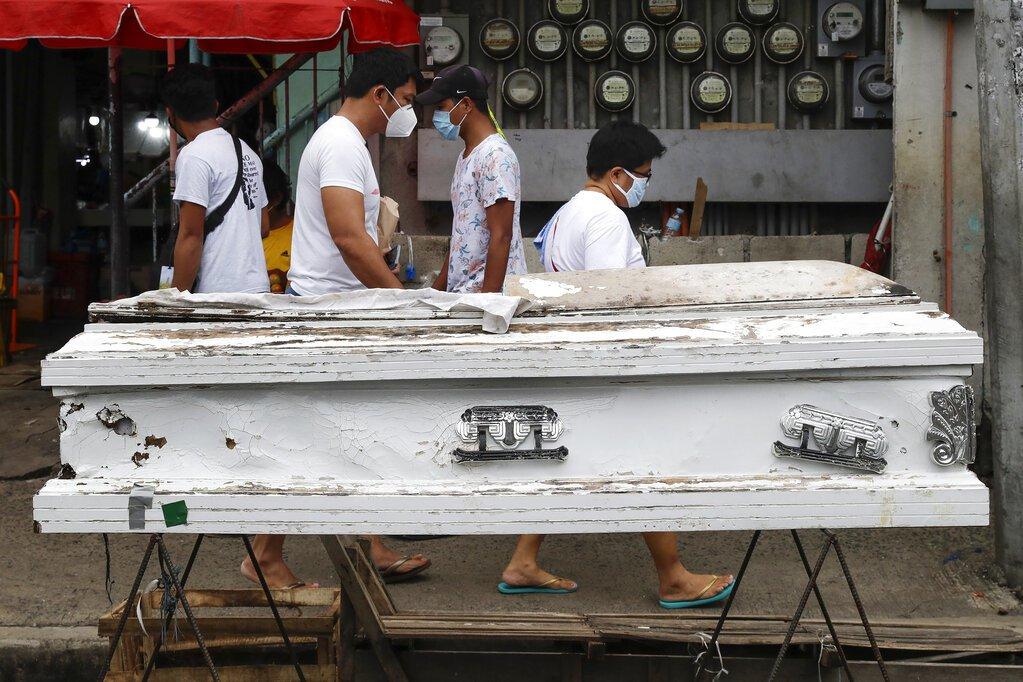 菲律賓單日確診再創新高 鼓勵民眾在家戴口罩