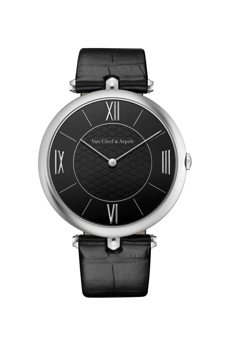 梵克雅寶Pierre Arpels 42毫米鉑金鑲鑽腕表,90萬5,000元。圖/梵克雅寶提供