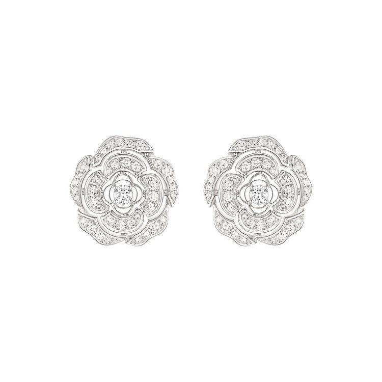 Bouton de Camélia耳環,31萬7,000元。圖/香奈兒提供