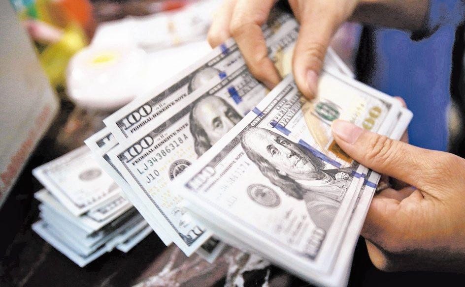 新冠肺炎疫情有擴大跡象,市場避險情緒增溫,帶動國際資金已連續四周全面流入主要債券...