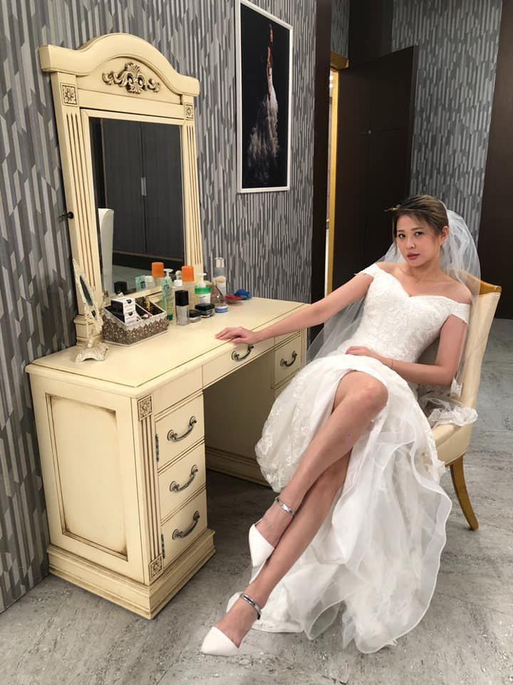 李燕透露自己在「炮仔聲」中最後一套戲服是婚紗。圖/摘自臉書