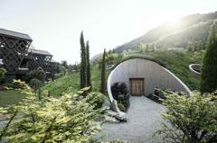 太像陰宅?義大利飯店採減法建築設計 網笑瘋:來台灣考察過