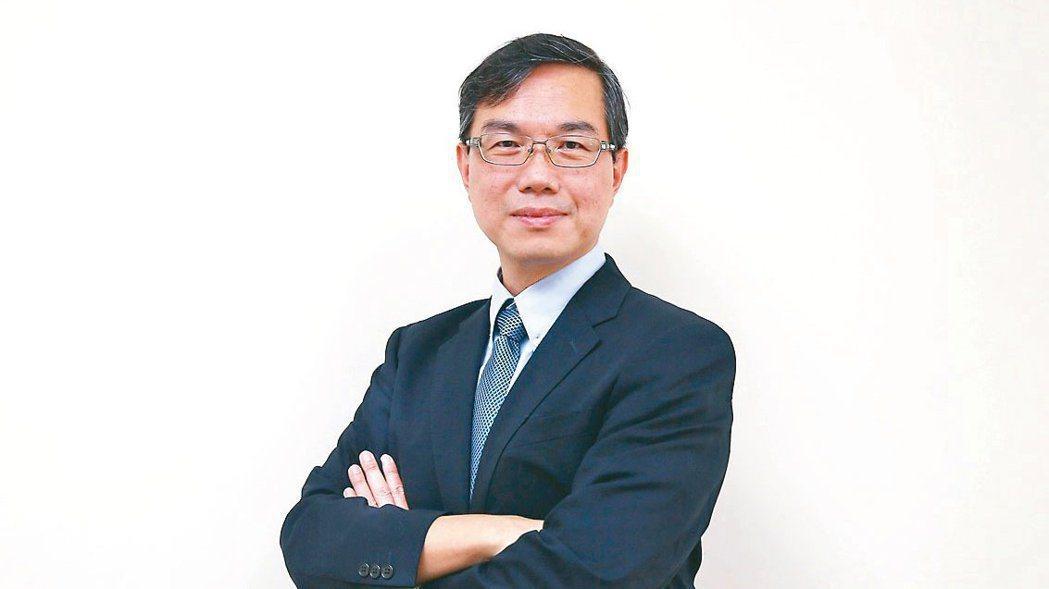 國立台北大學博士黃啟瑞針對責任投資提供建議。 圖/曾原信攝影