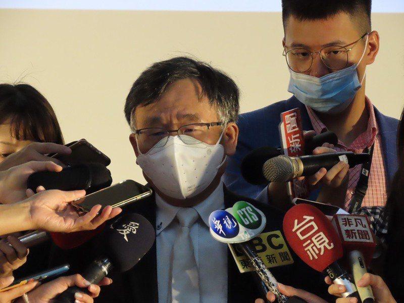 圖說:台大公衛學院副院長陳秀熙4日呼籲,政府須對各國分級管理。(photo by...