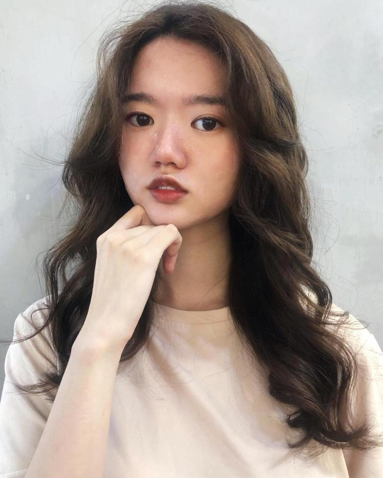髮型創作/集色髮館 西門店 / Rainie,圖/StyleMap美配提供