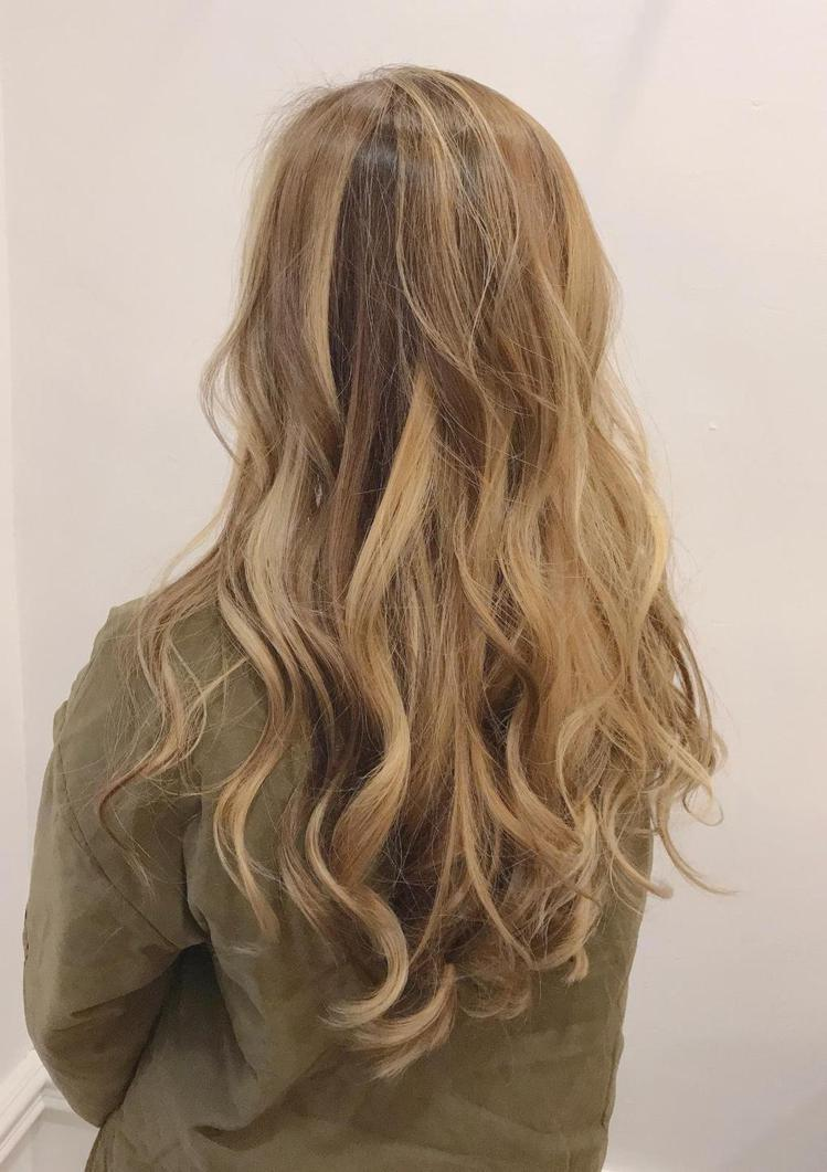 髮型創作/Angus寓禾 / Angus怡龍,圖/StyleMap美配提供
