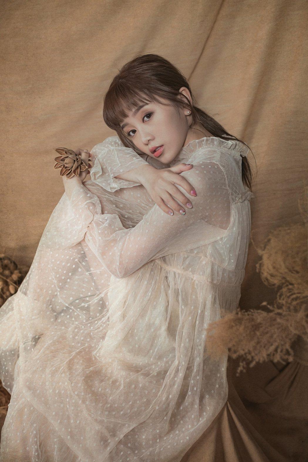 李若潼外型酷似日本女星堀北真希。圖/杰思國際娛樂提供