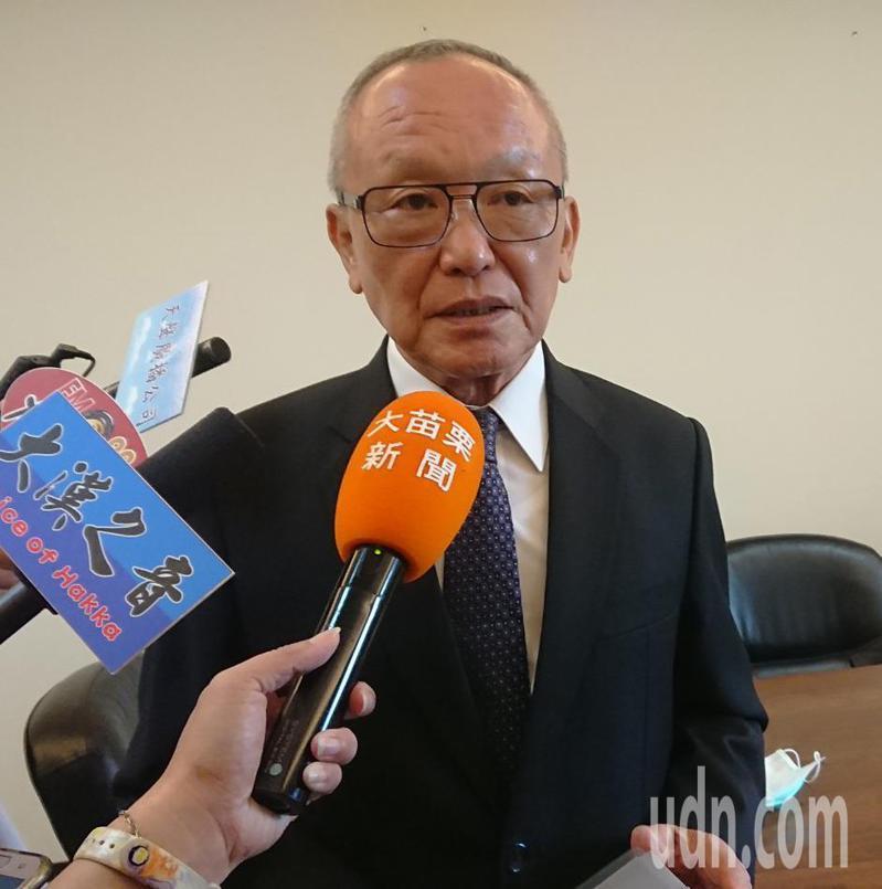 苗栗縣長徐耀昌回應去年總決算審核報告,認為「比起歷年來決算都進步許多」。記者范榮達/攝影