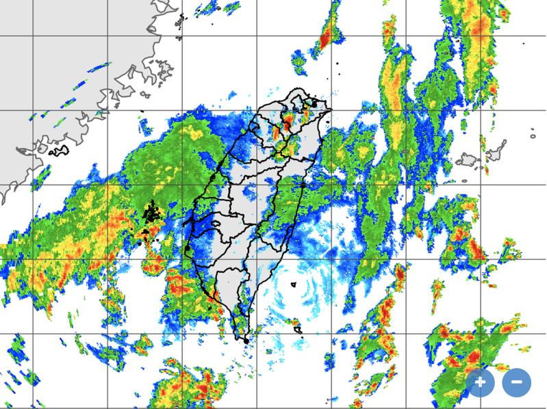 對流雲系發展旺盛,易有短時強降雨,中央氣象局表示,今天新竹以北、南部地區及苗栗至嘉義山區有局部大雨發生的機率,請注意雷擊及強陣風。圖/擷取自中央氣象局官網