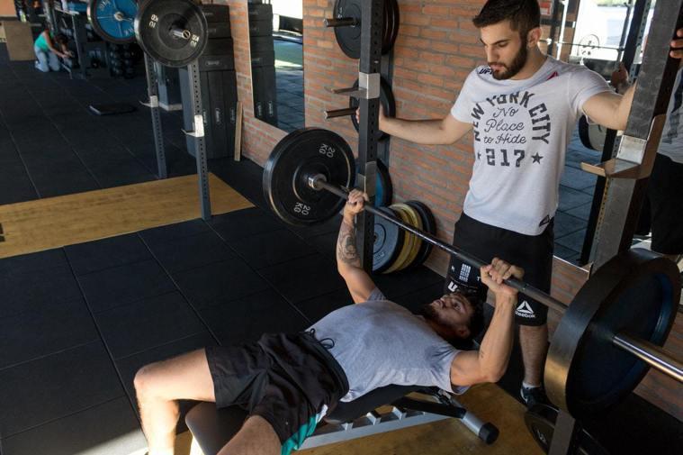第3名、健身、重量訓練。圖/摘自Pelexs
