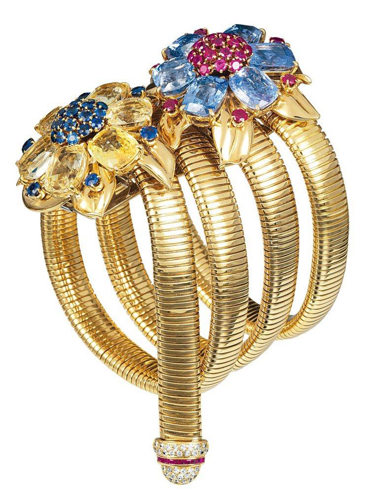 梵克雅寶的第一件可轉換珠寶作品為1939年的Two Flowers Passe ...