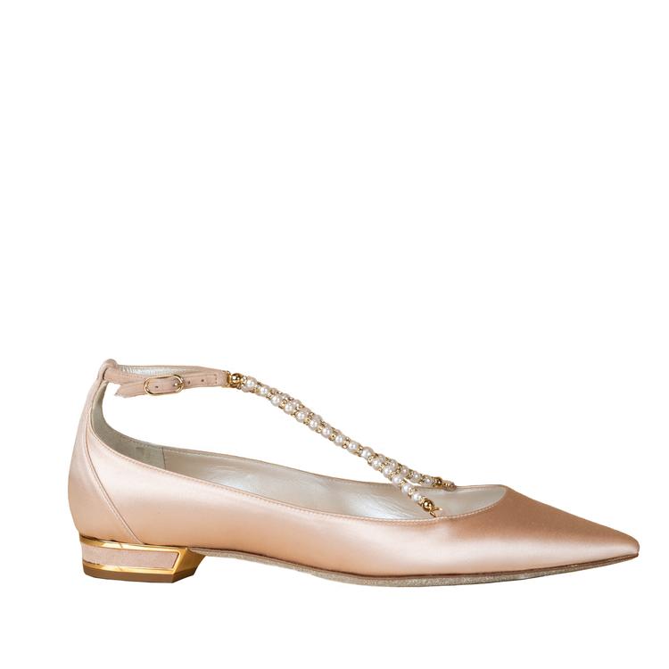 經典Eliza珍珠平底鞋。圖/RENE CAOVILLA提供
