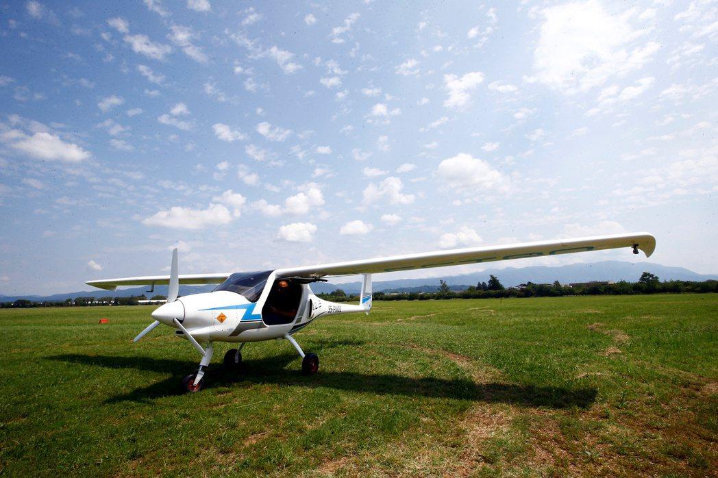 這架小型電動飛機,成為完成處女航的首架認證電動飛機。路透