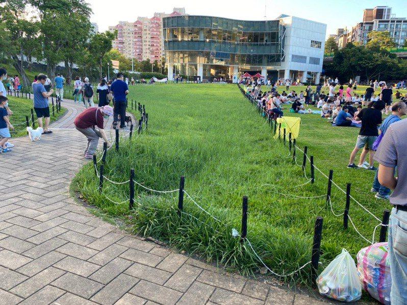 台北市大湖公園採「分區輪休」,最近復原的狀況還不錯。圖/北市議員李明賢辦公室提供