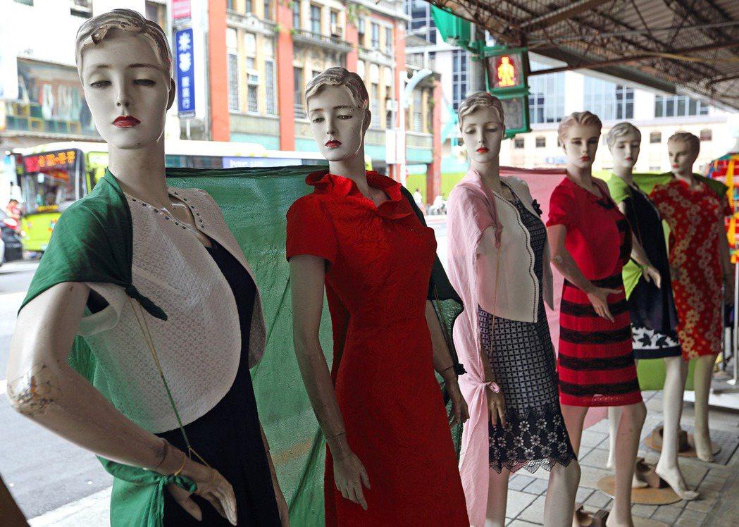 八成台灣職業女性表示,可自行決定如何運用個人收入。圖/聯合報系資料照片