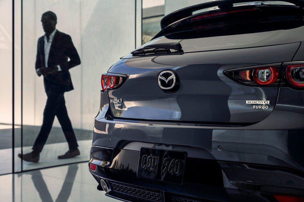 原廠公布了Mazda 3 Turbo的定價為29,900美元起。 摘自Mazda
