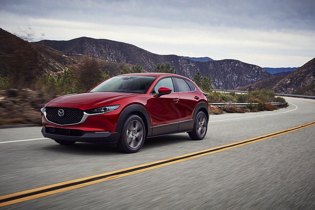 Mazda CX-30動力搭載2.0L SKYACTIV-G高效汽油引擎,可輸出...