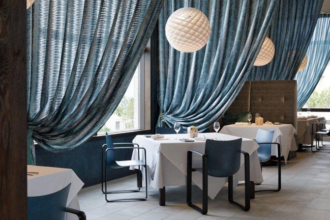 「虹夕諾雅 沖繩」用餐空間相當雅緻。 圖/星野集團提供