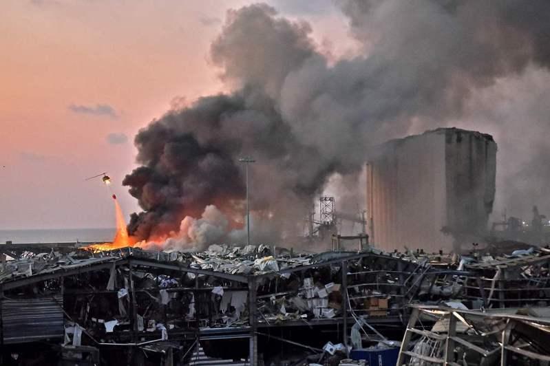 黎巴嫩首都貝魯特市中心附近港區今大爆炸,疑似是放置在港區倉庫的爆裂物造成。法新社