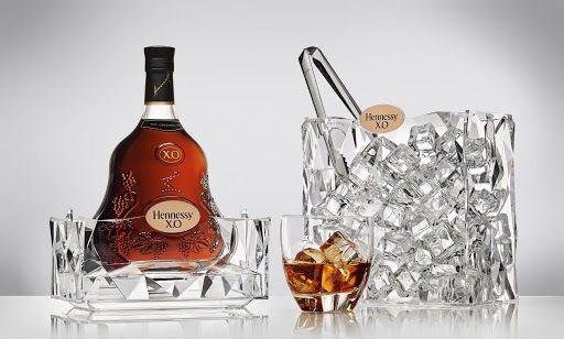 冰塊是專業與非專業調酒之間,不能說的公開秘密。圖/酩悅軒尼詩提供【未成年請勿飲酒,酒後勿開車】