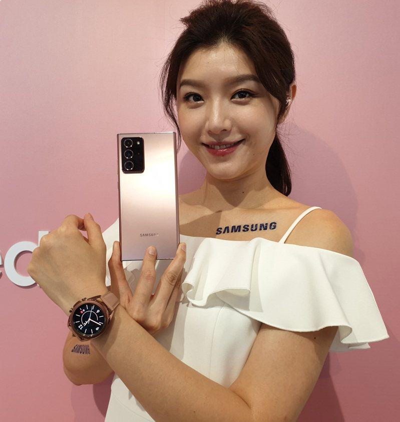 Samsung Galaxy Note20 Ultra搭載1億800萬畫素鏡頭與雷射自動對焦功能。記者陳立儀/攝影