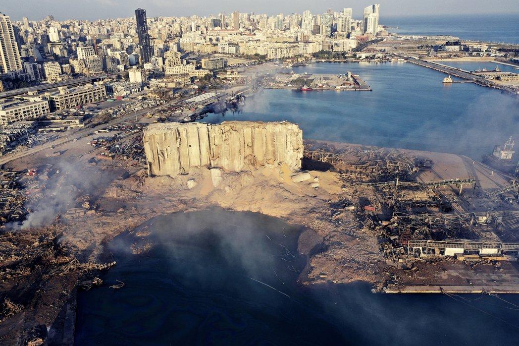 黎巴嫩首都貝魯特大爆炸後,截至6日死亡人數已攀升到135人、超過5,000人受...