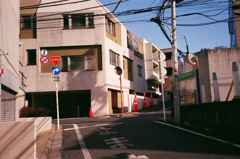 YouTuber花費千萬台幣在日本鄉下建屋置產。圖為日本街道示意圖。 圖/pixabay
