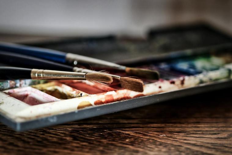 有研究指出,在圖畫上著色能夠有效減少焦慮。 圖/pixabay