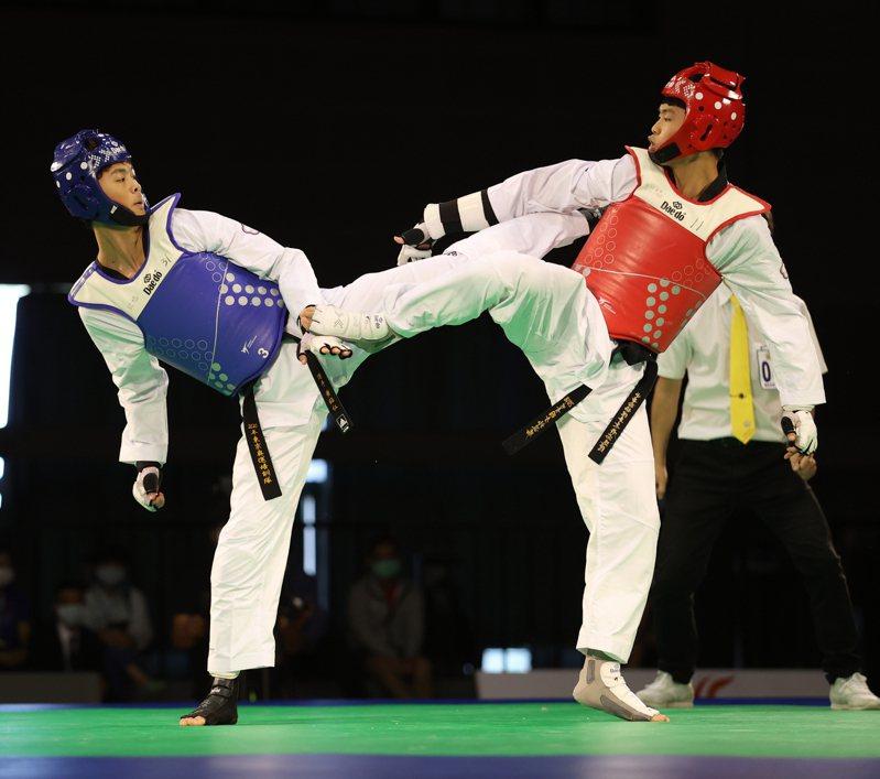黃鈺仁(左)。 圖/國訓中心提供