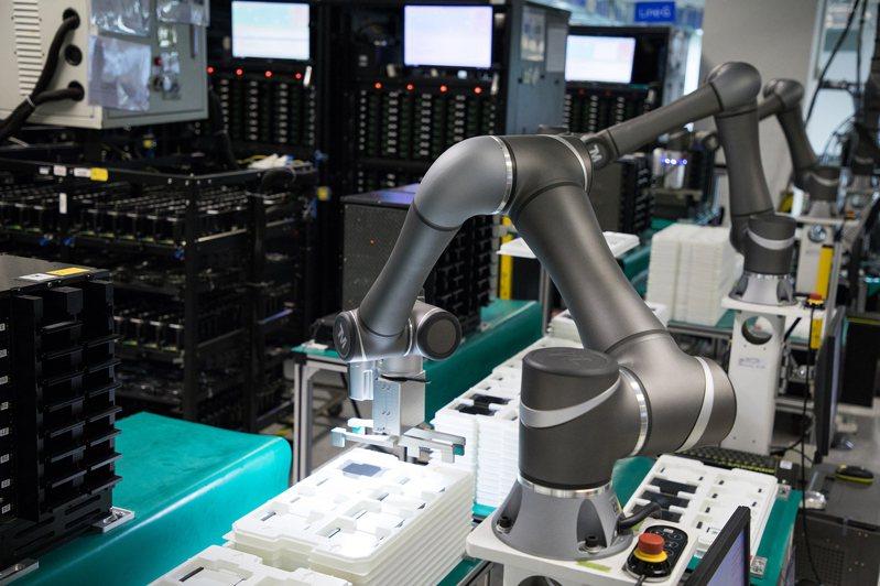 因應自動化生產解決方案的系統整合需求,廣明旗下達明機器人特別成立達明自動化團隊,打造完整的一條龍自動化導入方案服務。圖/廣明提供