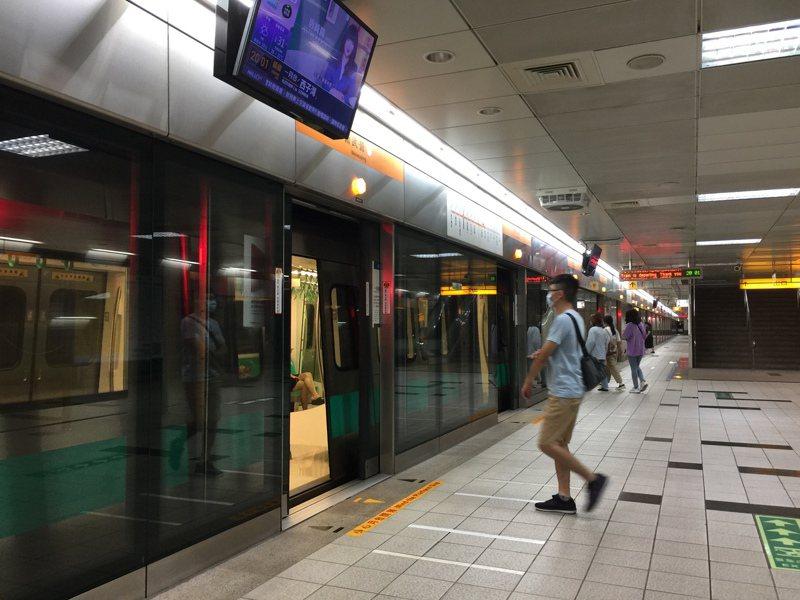 高雄捷運。圖/本報資料照片